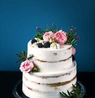 vestuvinis su rozem