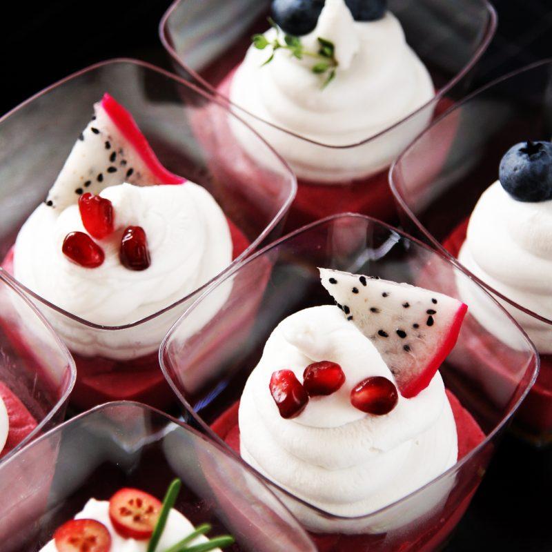 Dessert in cups